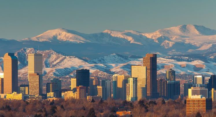 denver-skyline-mountains-wallpaper-wallpaper-3-768x576